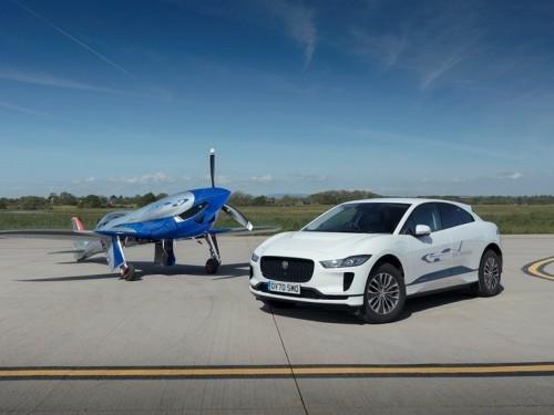 Как Jaguar I-Pace поможет самолету установить скоростной рекорд