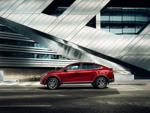 Каждый десятый автомобиль Renault продается через онлайн-шоурум